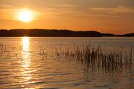 Canvas-taulu Oranssi auringonlasku Pihlajavesi Suomi 3067